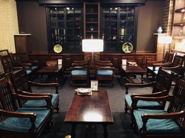 松本民芸家具を使った部屋